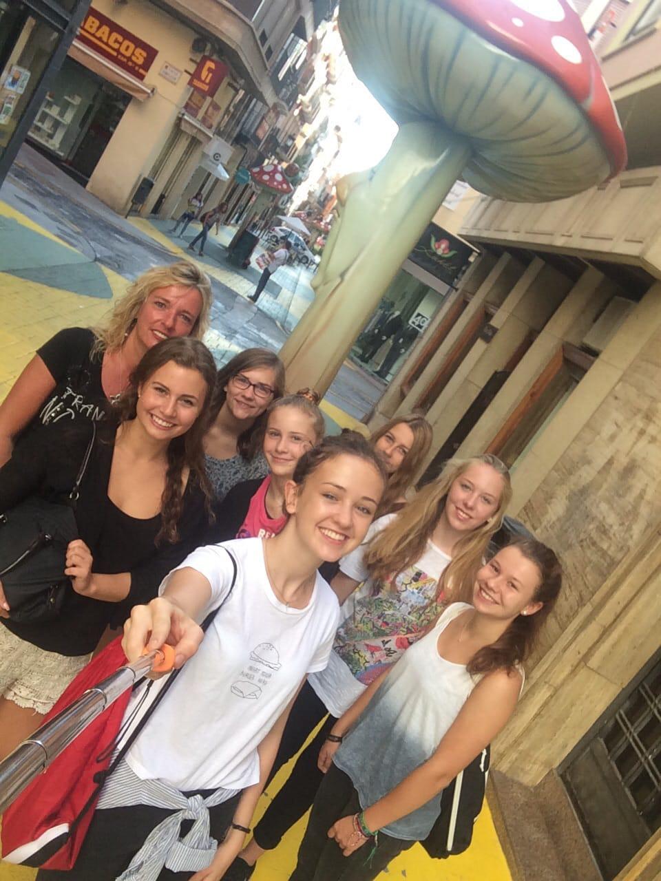 Stadtbesichtigung Alicante mit Austauschschülern