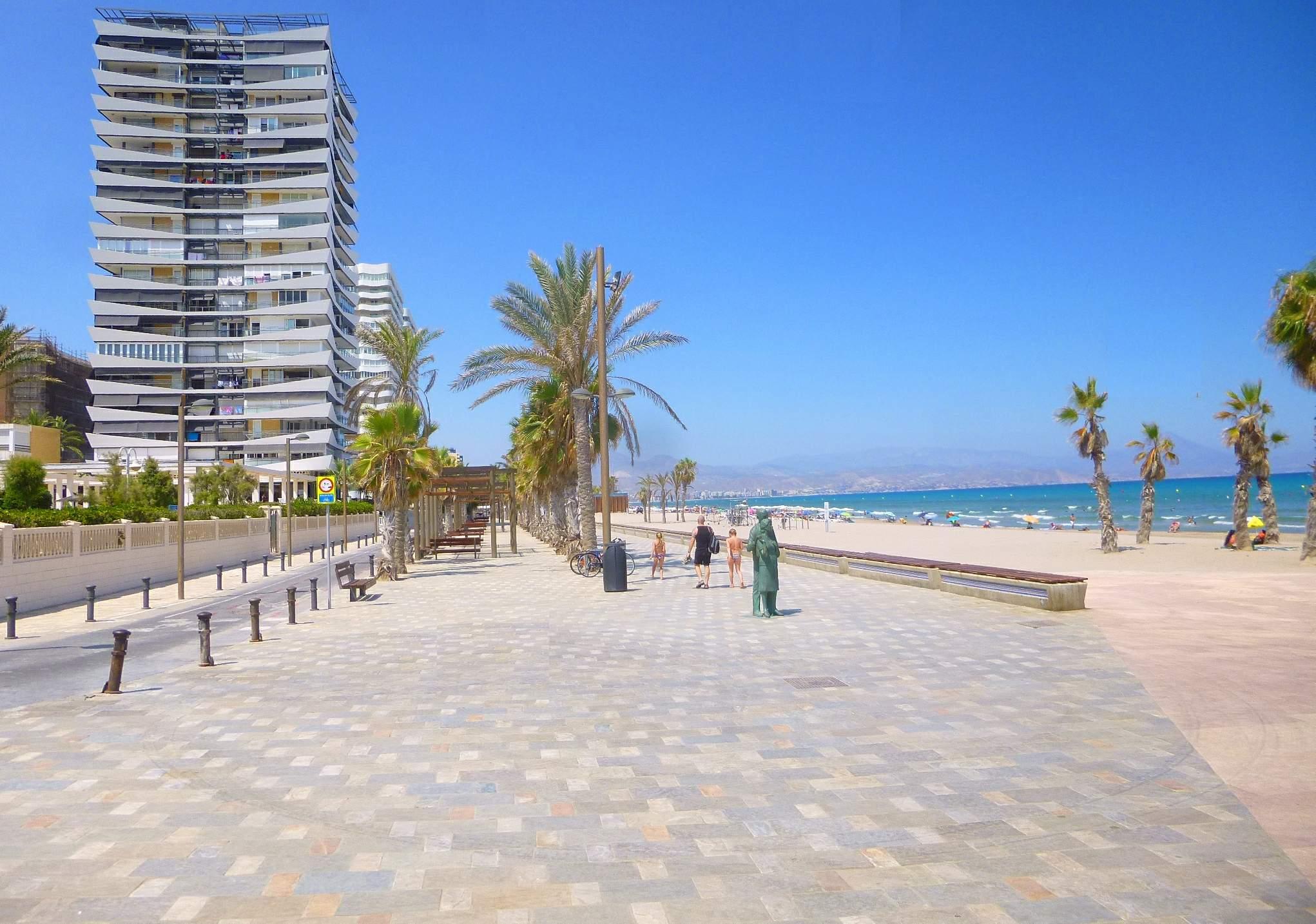 San Juan Strand in Alicante