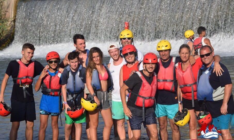 Austauschschüler beim Kayak in Alicante