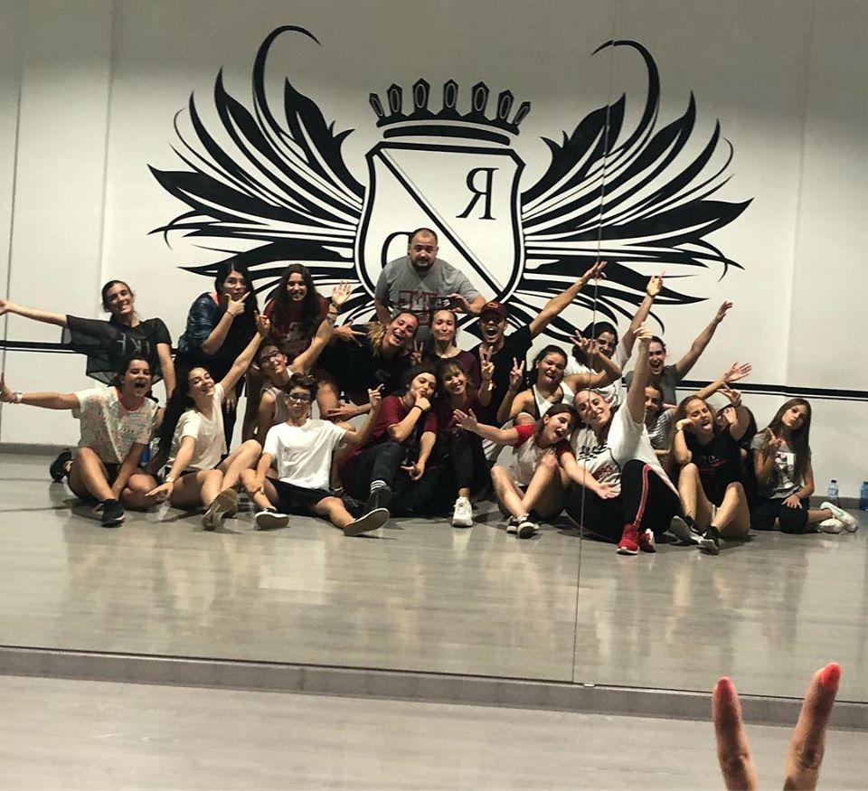 Austauschschüler in einer Tanzschule in Alicante