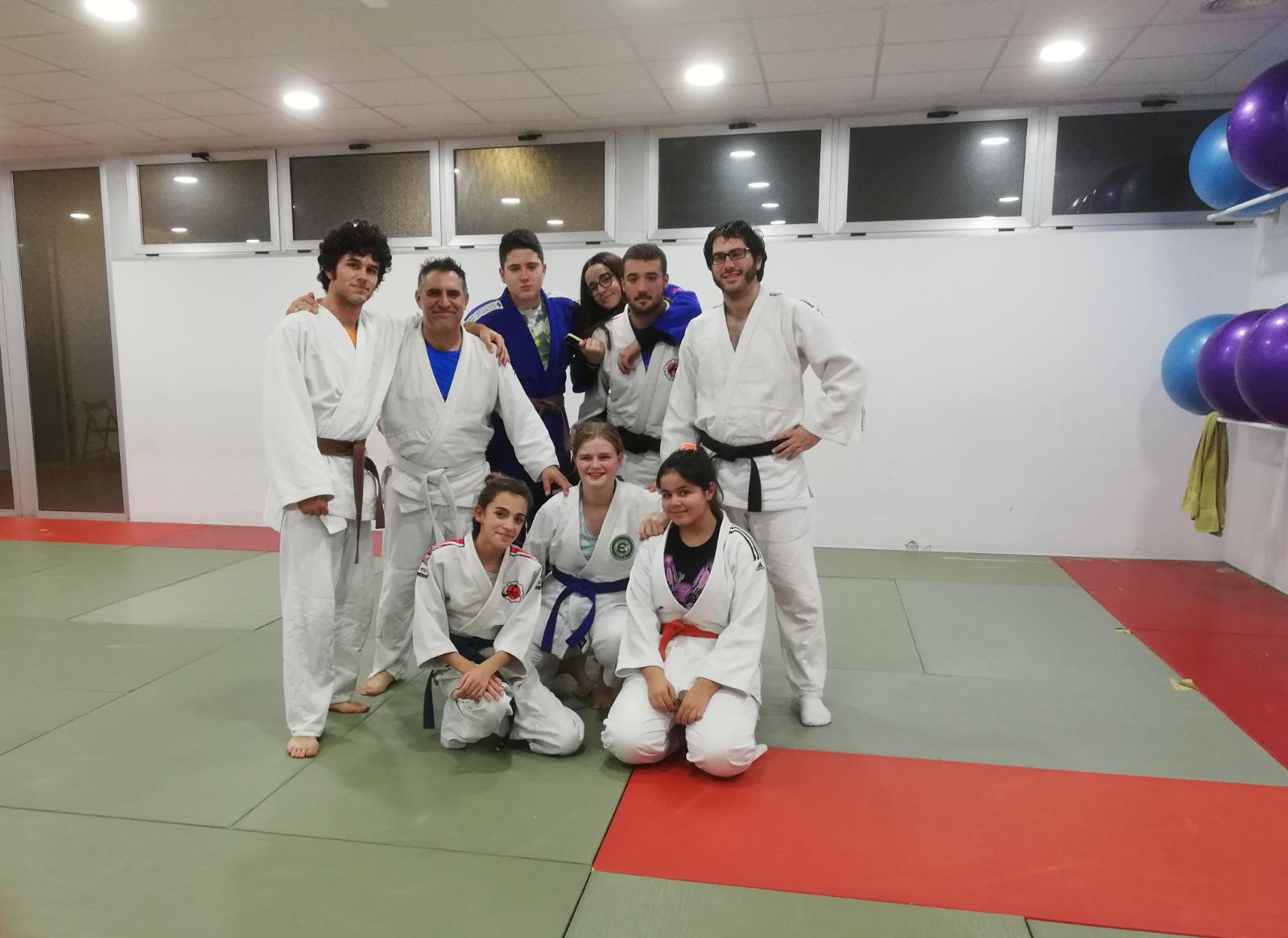 Austauschschülerin beim Judo in Alicante